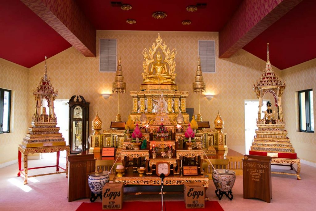 The altar of the Wat Mongkolratanaram, photographed by NYC photojournalist, Kelly Williams