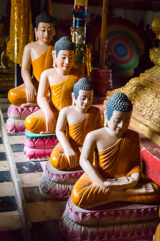 Line buddhas for an article on Angkor Wat travel tips