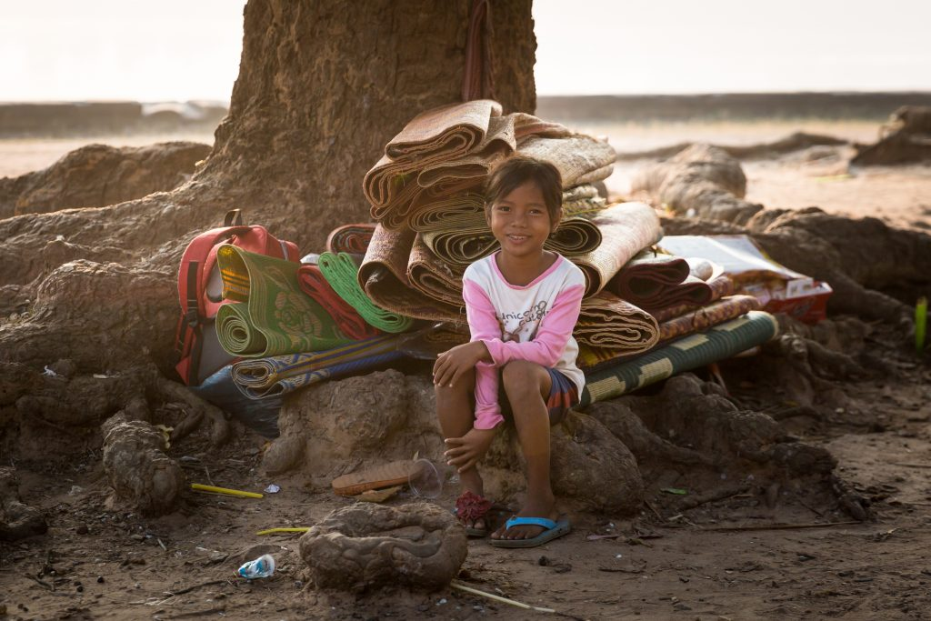 Little girl at Srah Srang for an article on Angkor Wat sunrise strategies