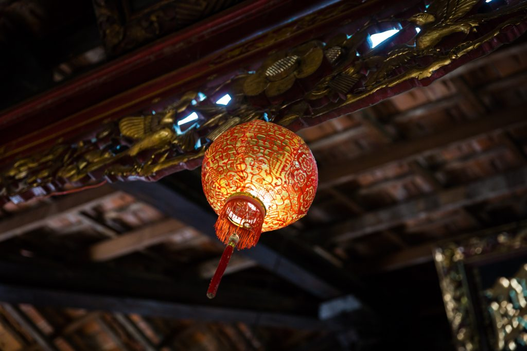 Lantern for an article on the Cai Be Floating Markets