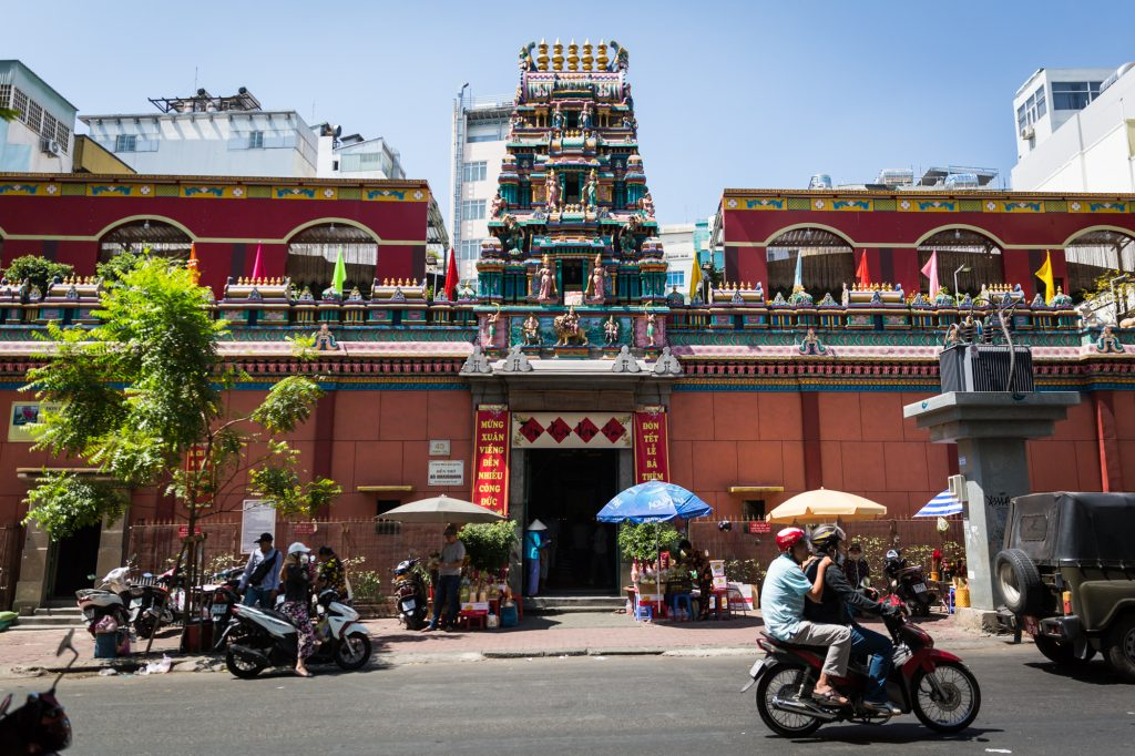 Exterior of the Mariamman Hindu temple for article on Ho Chi Minh City street photos