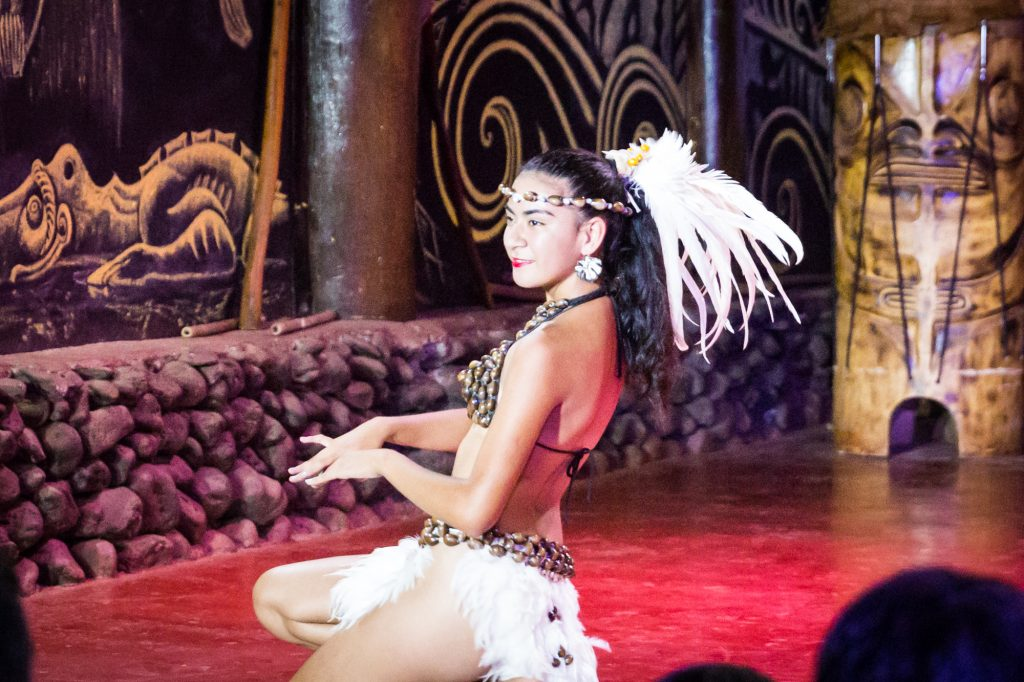 Dancer at the Kari Kari Ballet for an Easter Island travel guide