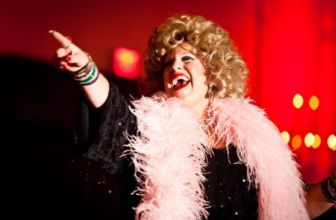 Bette Midler impersonator, Donna Maxon