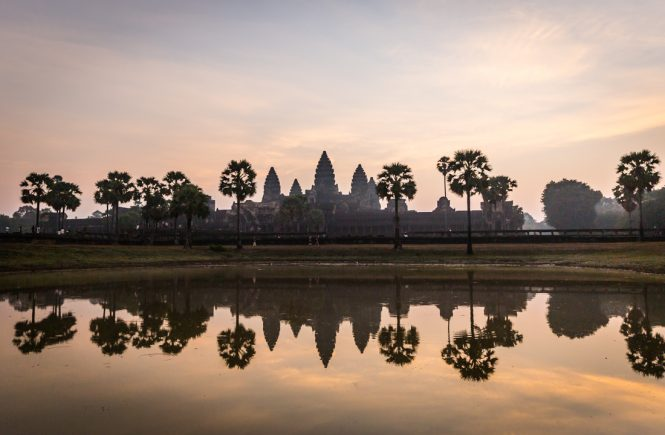 Angkor Wat at sunrise for an Angkor Wat temple guide