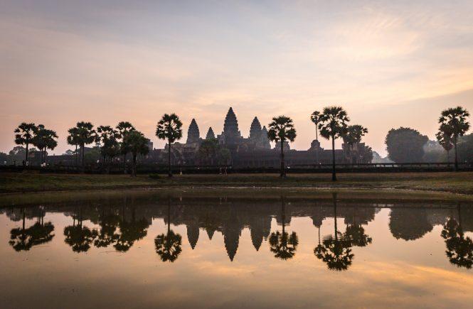 Angkor Wat at sunrise for an Angkor Wat temple guide
